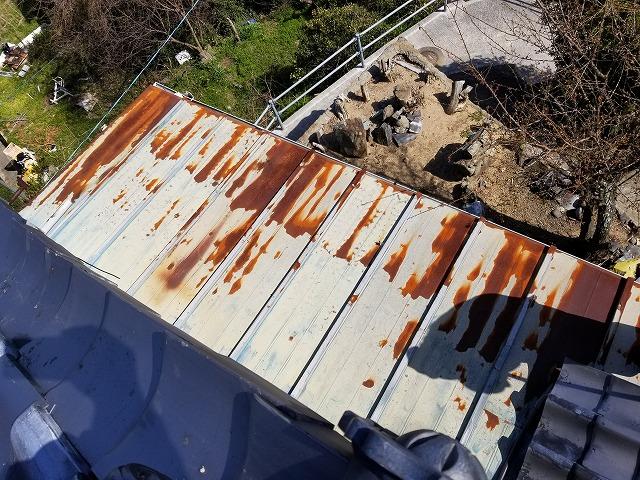 屋根の板金部分の写真