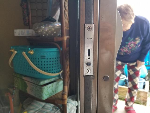 戸の方の鍵の写真