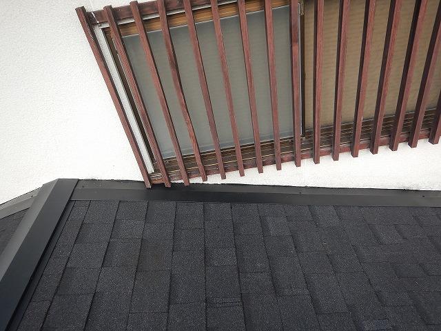 一階の流れ壁際の完工写真