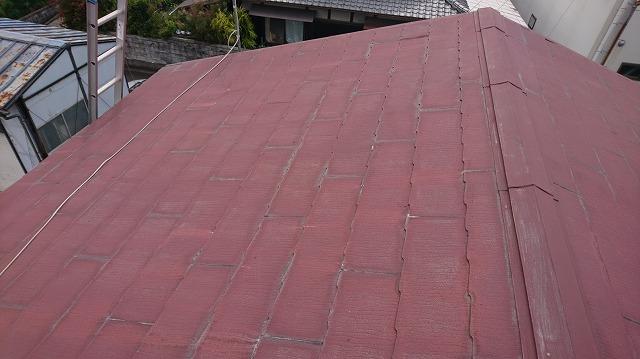 二階建て切妻屋根の二階屋根