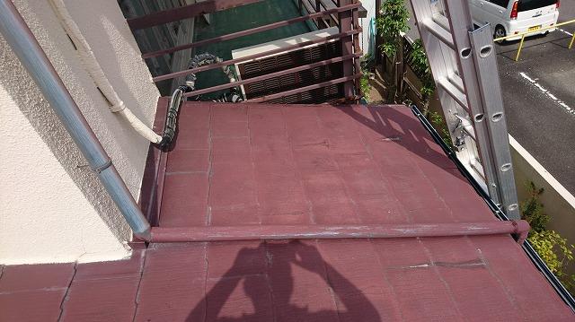 1F屋根の壁際①