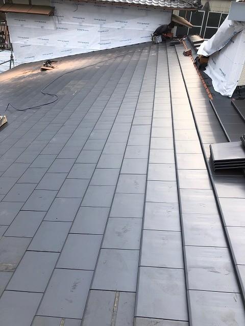 屋根平面部が仕上がった写真