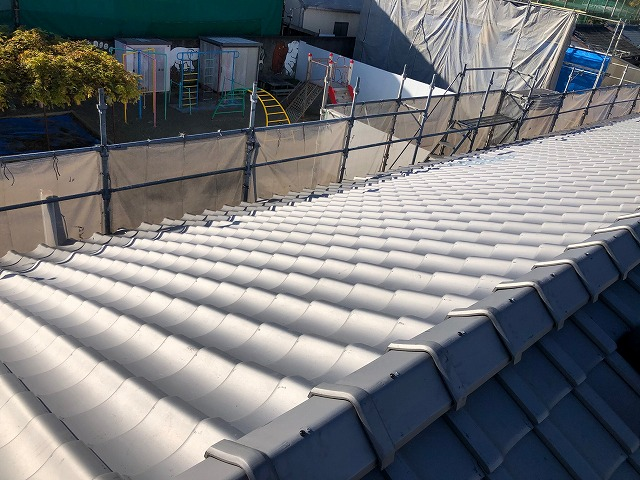 幼稚園の屋根改修工事の完工写真