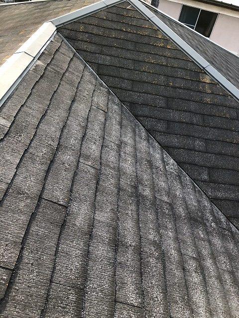 既存屋根材(カラーベスト)の撤去前