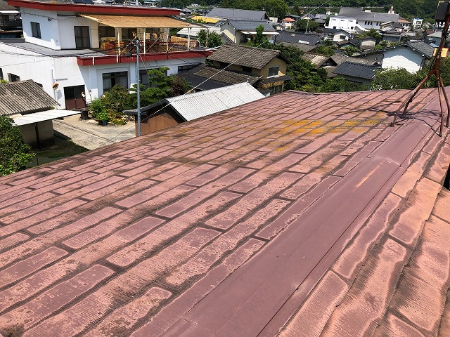 二階の屋根①