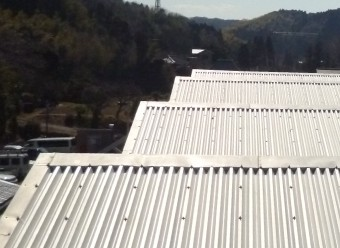 折板トタン屋根